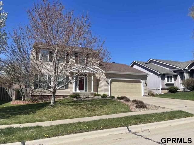 9606 S 26th Street, Bellevue, NE 68147 (MLS #22106979) :: Berkshire Hathaway Ambassador Real Estate