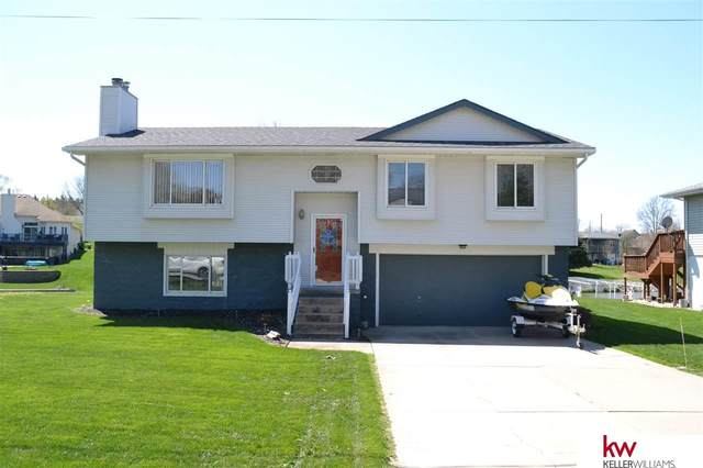 1016 Brock Lane, Plattsmouth, NE 68048 (MLS #22106999) :: Berkshire Hathaway Ambassador Real Estate