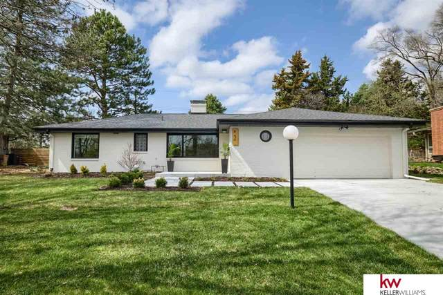 844 Parkwood Lane, Omaha, NE 68132 (MLS #22107003) :: Omaha Real Estate Group