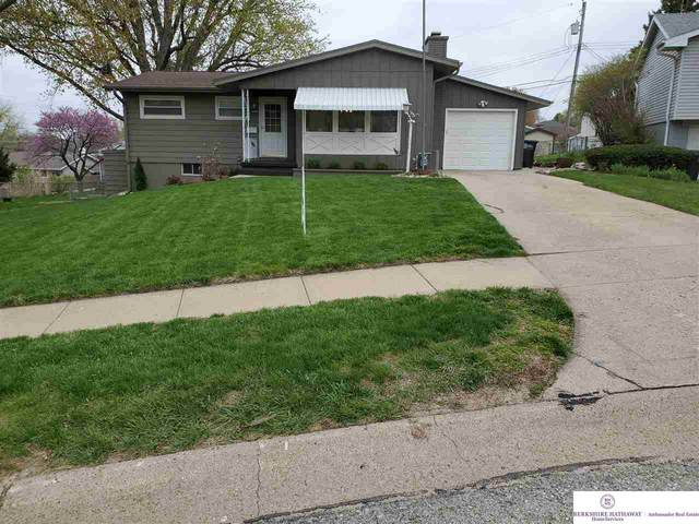 4924 Vinton Street, Omaha, NE 68106 (MLS #22107101) :: Omaha Real Estate Group