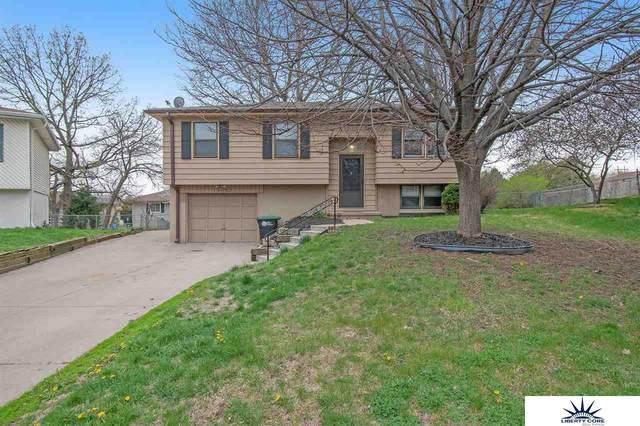 13063 Taylor Circle, Omaha, NE 68164 (MLS #22107175) :: Capital City Realty Group