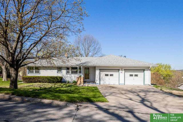 204 Caldor Drive, Bellevue, NE 68005 (MLS #22107177) :: Don Peterson & Associates