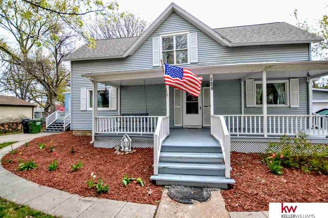 128 Bryan Street, Gretna, NE 68028 (MLS #22107247) :: Capital City Realty Group