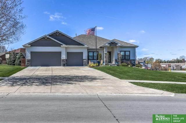 4202 S Hws Cleveland Boulevard, Omaha, NE 68135 (MLS #22107250) :: The Briley Team