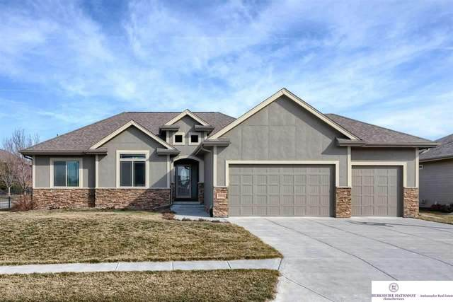 19914 Oak Street, Gretna, NE 68028 (MLS #22107277) :: One80 Group/KW Elite