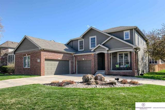 18025 Dewey Circle, Omaha, NE 68022 (MLS #22107286) :: Complete Real Estate Group