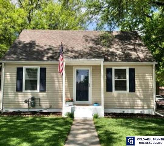 1021 E 12th Street, York, NE 68467 (MLS #22107291) :: The Homefront Team at Nebraska Realty
