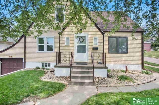 2523 S 33rd Street, Omaha, NE 68105 (MLS #22107293) :: Don Peterson & Associates