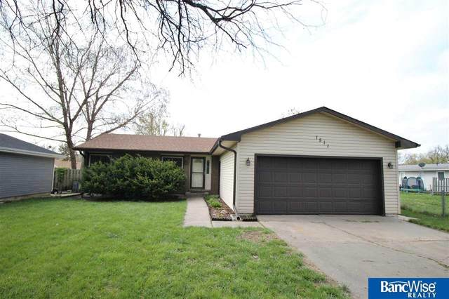 1511 W S Street, Lincoln, NE 68528 (MLS #22107353) :: Omaha Real Estate Group
