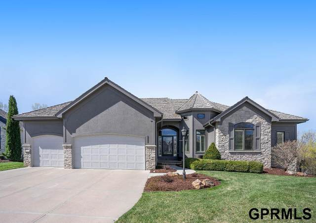 17649 Douglas Circle, Omaha, NE 68118 (MLS #22107358) :: Capital City Realty Group