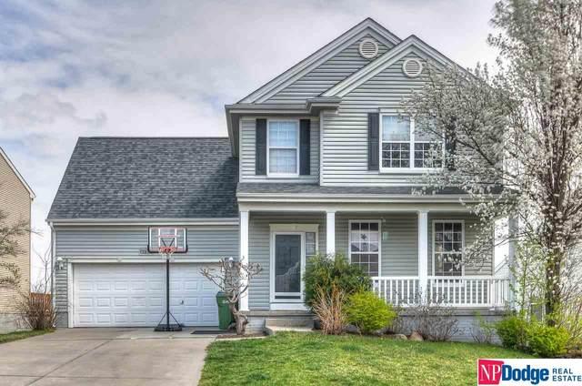 13805 Kelly Drive, Bellevue, NE 68123 (MLS #22107360) :: The Homefront Team at Nebraska Realty