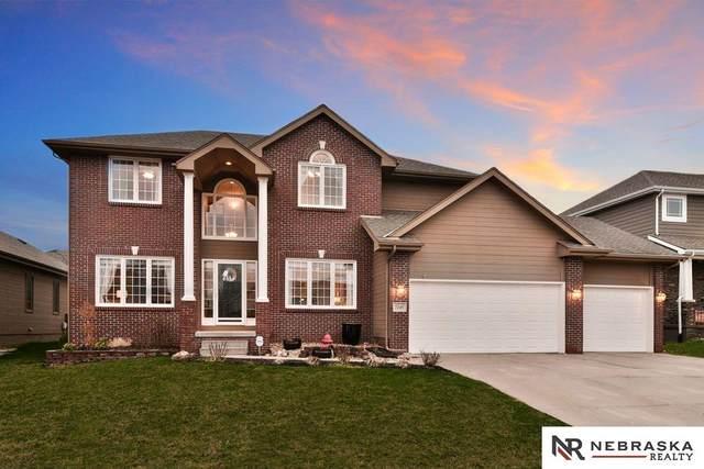 7245 N 154th Avenue, Bennington, NE 68007 (MLS #22107371) :: Berkshire Hathaway Ambassador Real Estate
