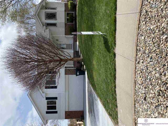 16005 O Circle, Omaha, NE 68137 (MLS #22107383) :: The Briley Team