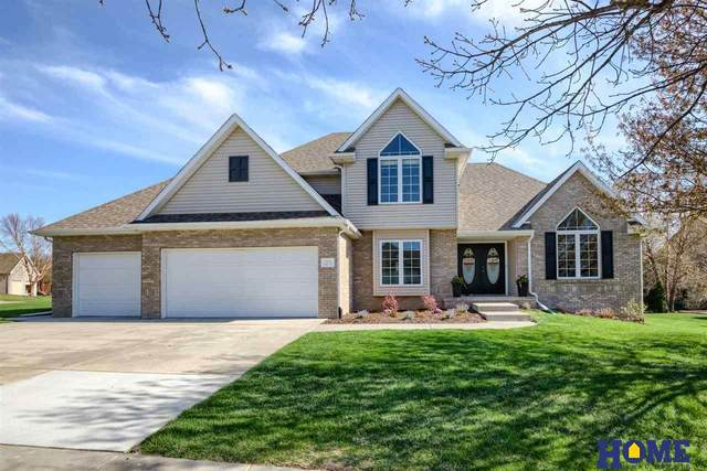 7833 Tobie Lane, Lincoln, NE 68516 (MLS #22107440) :: The Briley Team