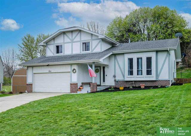 9807 S 21st Circle, Bellevue, NE 68123 (MLS #22107458) :: Catalyst Real Estate Group