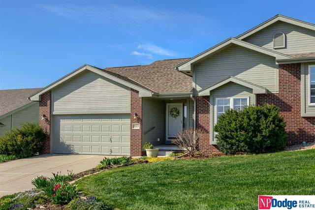 5113 Lakecrest Drive, Papillion, NE 68133 (MLS #22107479) :: Complete Real Estate Group