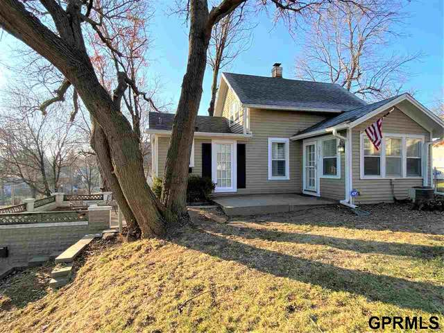 5001 Hamilton Street, Omaha, NE 68132 (MLS #22107484) :: Omaha Real Estate Group