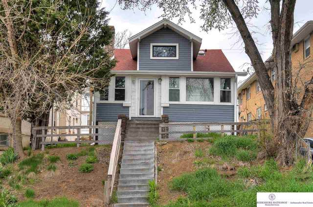 840 S 29 Street, Omaha, NE 68105 (MLS #22107492) :: Omaha Real Estate Group
