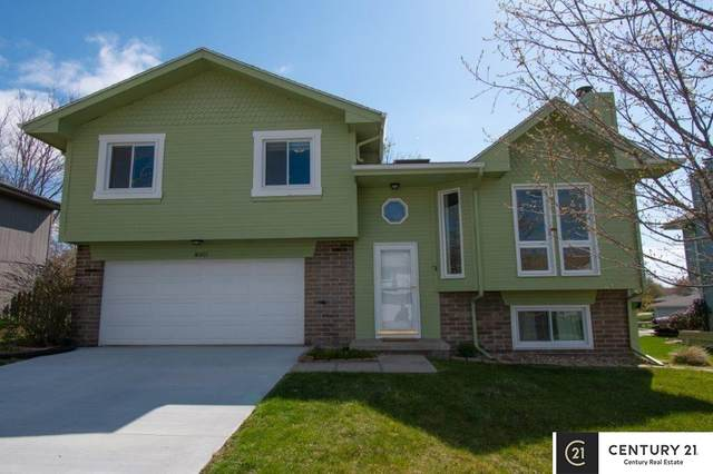 8007 S 154th Street, Omaha, NE 68138 (MLS #22107541) :: Lincoln Select Real Estate Group