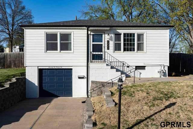 7222 James Avenue, La Vista, NE 68128 (MLS #22107567) :: Complete Real Estate Group