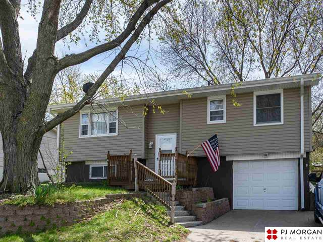 229 E Glenmore Drive, Gretna, NE 68028 (MLS #22107587) :: Omaha Real Estate Group