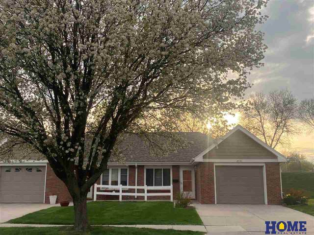 2555 N 69th Court, Lincoln, NE 68507 (MLS #22107595) :: Capital City Realty Group