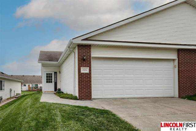 2325 Dodge Street, Lincoln, NE 68521 (MLS #22107622) :: Omaha Real Estate Group