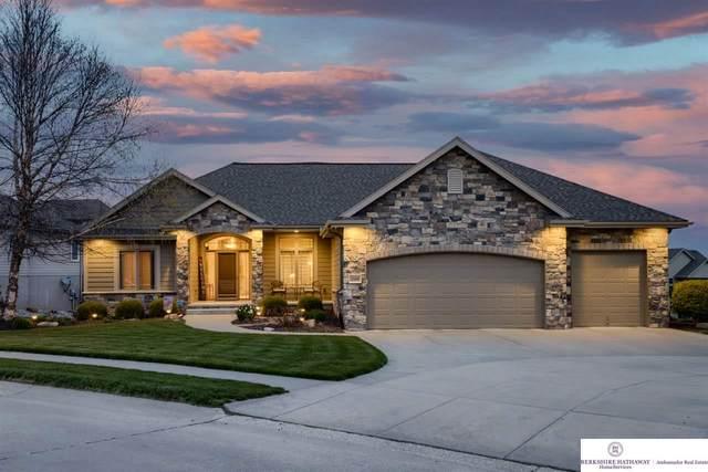 17008 Kimberly Circle, Omaha, NE 68116 (MLS #22107634) :: kwELITE