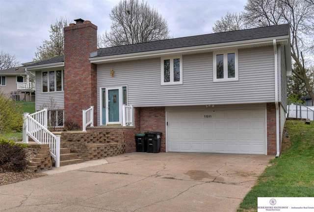 11511 Meredith Circle, Omaha, NE 68164 (MLS #22107650) :: Omaha Real Estate Group