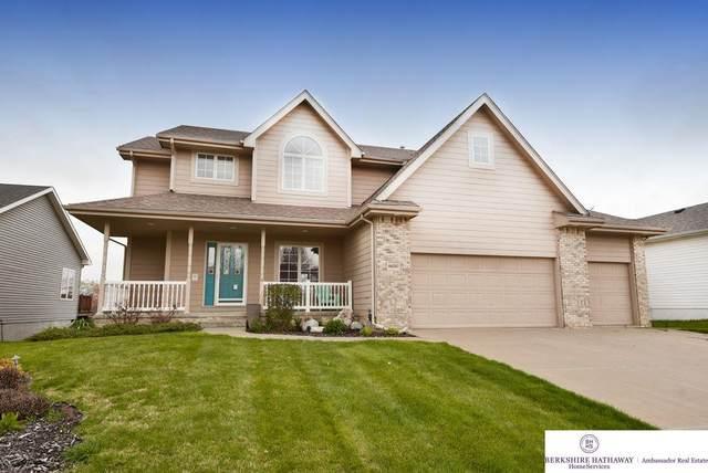 16530 Redwood Street, Omaha, NE 68136 (MLS #22107682) :: Berkshire Hathaway Ambassador Real Estate