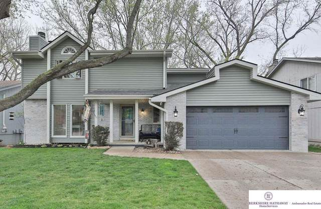 3722 Lynnwood Drive, Bellevue, NE 68123 (MLS #22107808) :: One80 Group/KW Elite