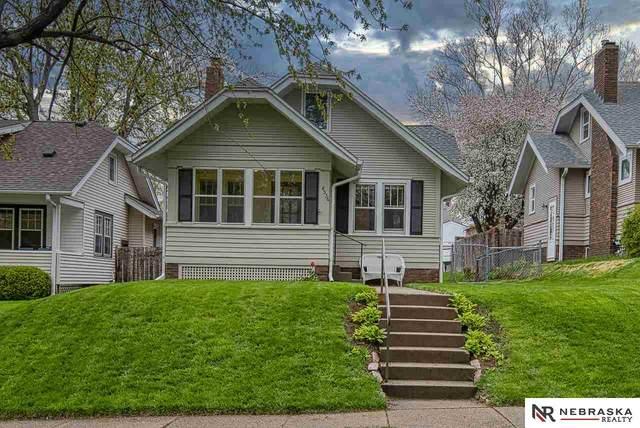 4536 William Street, Omaha, NE 68106 (MLS #22107830) :: Catalyst Real Estate Group