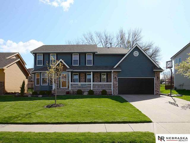4723 S 163rd Street, Omaha, NE 68135 (MLS #22107854) :: Catalyst Real Estate Group