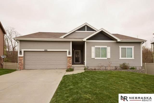 14103 S 18th Street, Bellevue, NE 68123 (MLS #22107860) :: Berkshire Hathaway Ambassador Real Estate