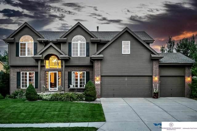 7207 N 154th Street, Bennington, NE 68007 (MLS #22107877) :: Lincoln Select Real Estate Group