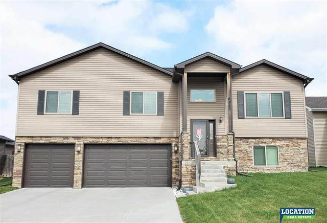 6810 NW Tempest Drive, Lincoln, NE 68521 (MLS #22108002) :: Capital City Realty Group