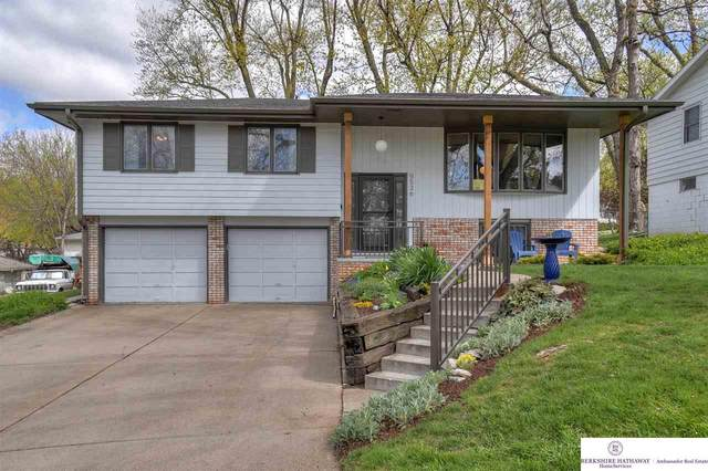 9536 Sprague Street, Omaha, NE 68134 (MLS #22108050) :: Capital City Realty Group