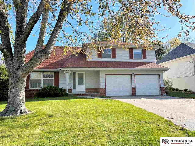 13582 Montclair Drive, Omaha, NE 68144 (MLS #22108097) :: Capital City Realty Group