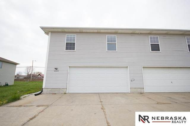 2225 SW 19th Street, Lincoln, NE 68522 (MLS #22108113) :: Lighthouse Realty Group