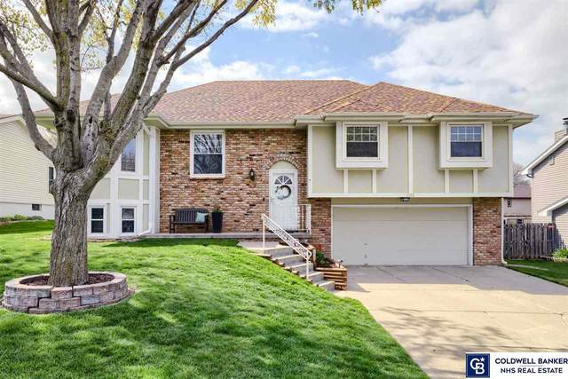 1102 Sterling Drive, Papillion, NE 68046 (MLS #22108147) :: kwELITE