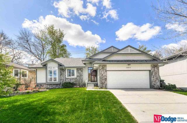 16413 Weir Street, Omaha, NE 68135 (MLS #22108169) :: Capital City Realty Group