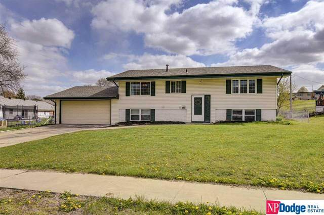 9305 Ellison Avenue, Omaha, NE 68134 (MLS #22108195) :: Capital City Realty Group