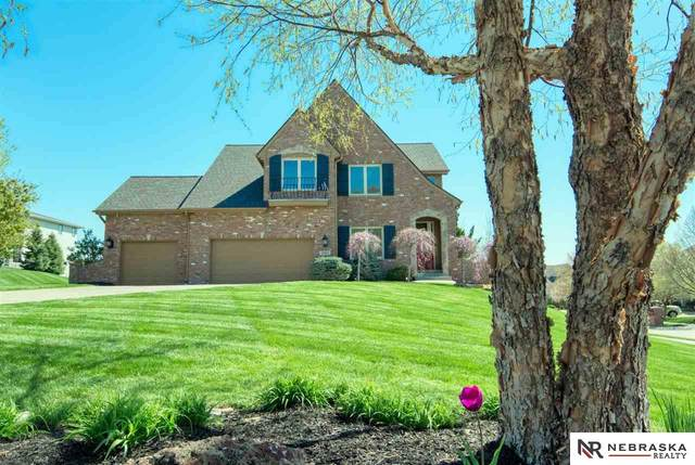 19407 Sprague Circle, Omaha, NE 68022 (MLS #22108340) :: Don Peterson & Associates