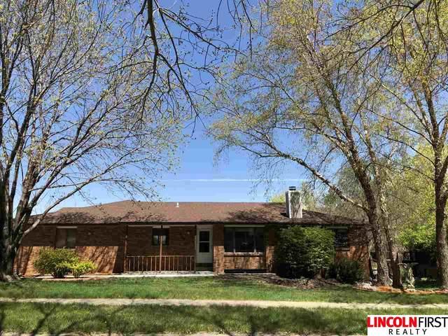 4100 Boulder Drive, Lincoln, NE 68516 (MLS #22108476) :: The Briley Team
