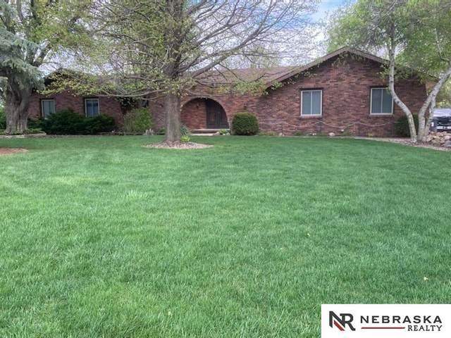 2606 Tepee Circle, Fremont, NE 68025 (MLS #22108516) :: Don Peterson & Associates