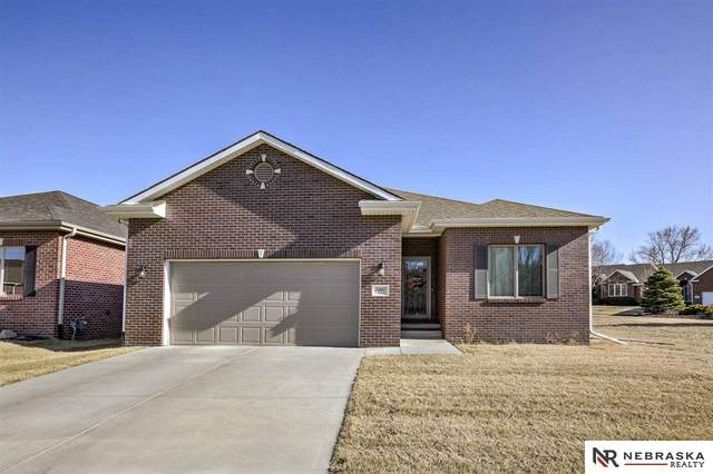 3940 S 79Th Street, Lincoln, NE 68506 (MLS #22108600) :: Dodge County Realty Group