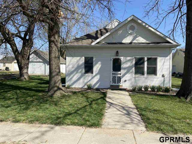 1421 Cedar Street, Henderson, NE 68371 (MLS #22108602) :: Omaha Real Estate Group