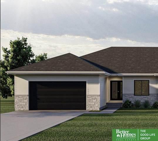 5405 N 209th Street, Elkhorn, NE 68022 (MLS #22108611) :: Dodge County Realty Group