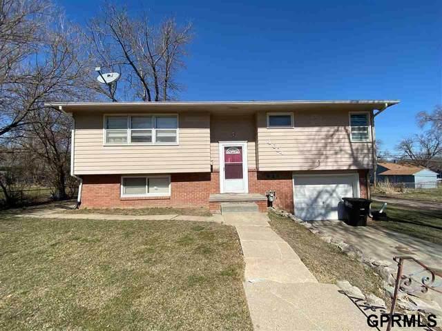 4604 Jaynes Street, Omaha, NE 68104 (MLS #22108767) :: kwELITE