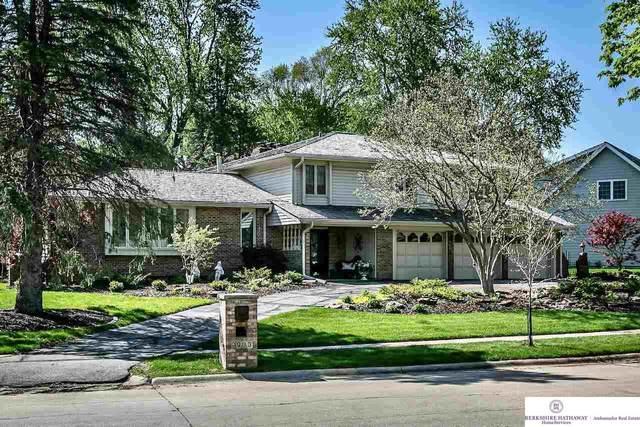 9933 Devonshire Drive, Omaha, NE 68114 (MLS #22108800) :: Don Peterson & Associates
